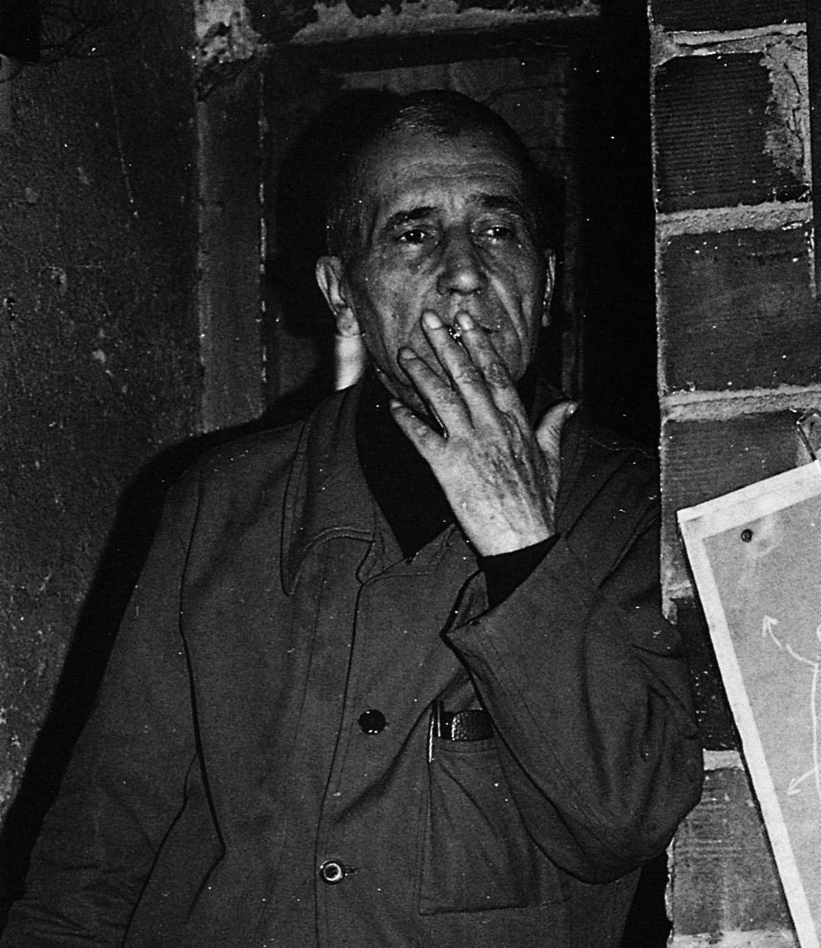 Fernando Melani (part.), foto di Gianfranco Chiavacci. Pistoia, Casa studio di Fernando Melani, archivio fotografico. (1)