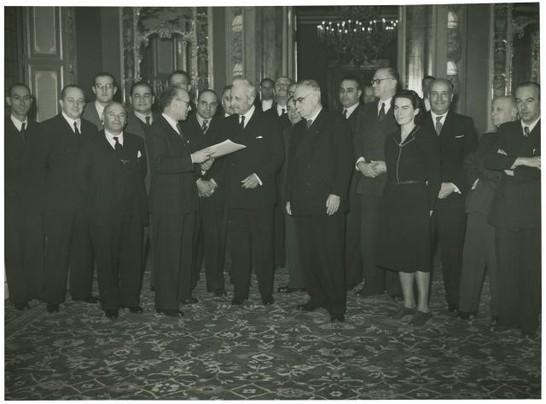 19471222-presentazione-costituzione-al-presidente-de-nicola-2