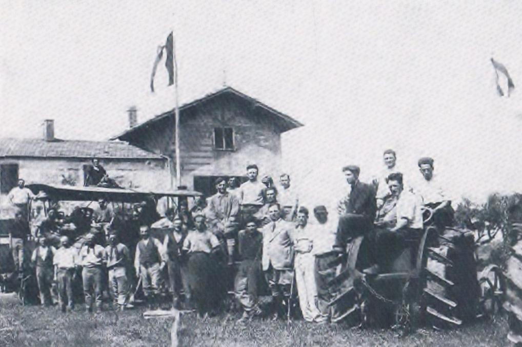 contadini del palone anni'20.jpeg (1018x678)