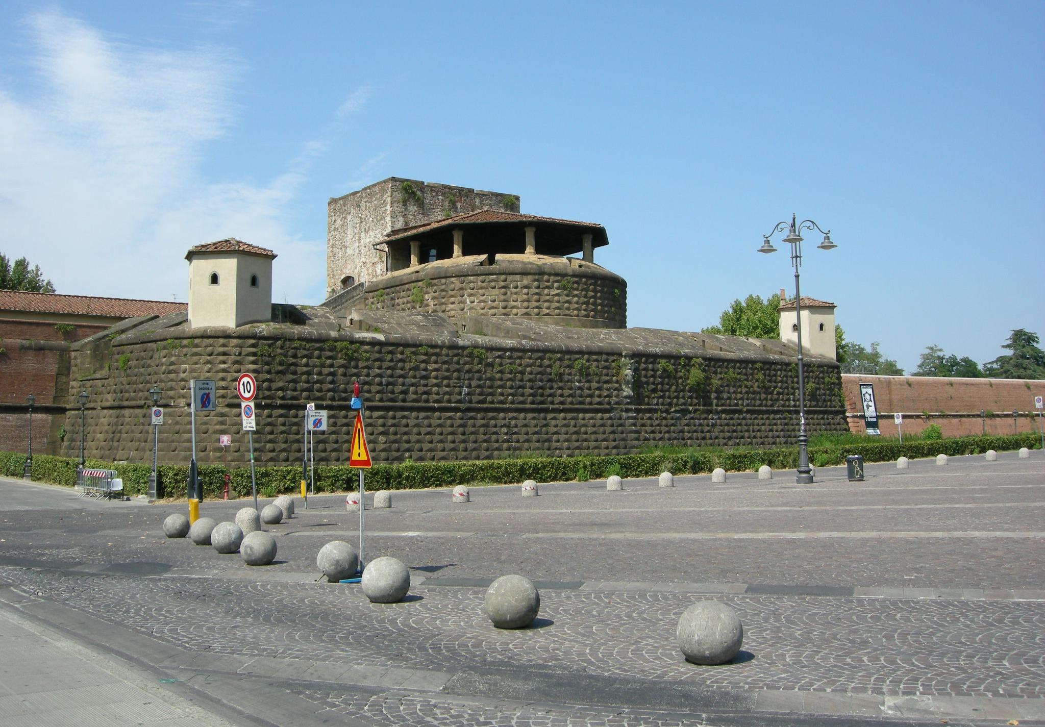 Piazzale Fortezza da Basso
