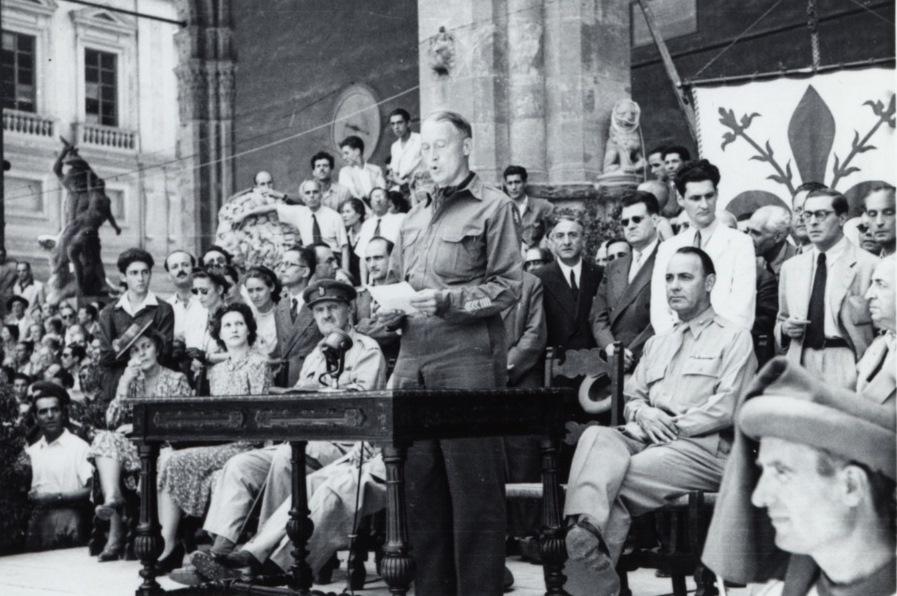 La cerimonia di restituzione delle opere d'arte a Firenze, 22 luglio 1945