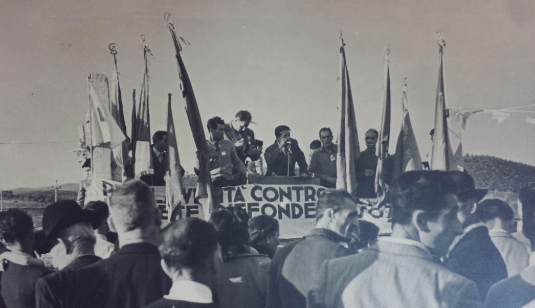 Manifestazione comunista a ribolla (anni '50)