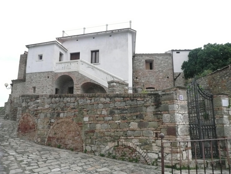 La casa del confino di Carlo Levi