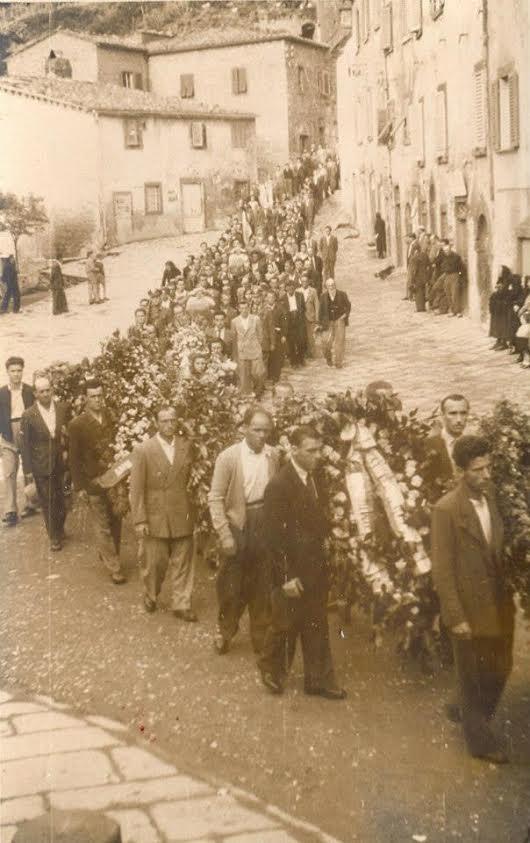 Funerali di caduti in guerra.