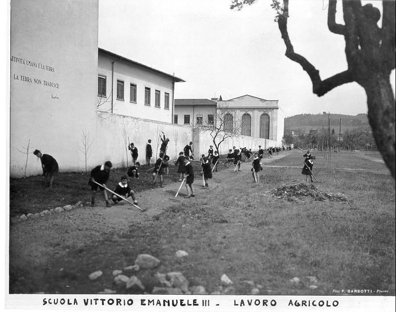 Scuola Vittorio Emanuele III Firenze lavoro agricolo copyright Indire