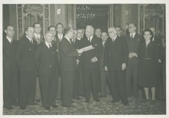 19471222-presentazione-costituzione-al-presidente-de-nicola