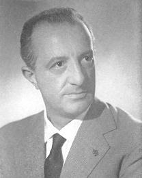 L'avvocato seravezzino Leonetto Amadei (1911-1997), padre costituente, deputato socialista eletto nelle prime sei legislature ed infine giudice e Presidente della Corte Costituzionale. (Archivio fotografico Camera dei Deputati)