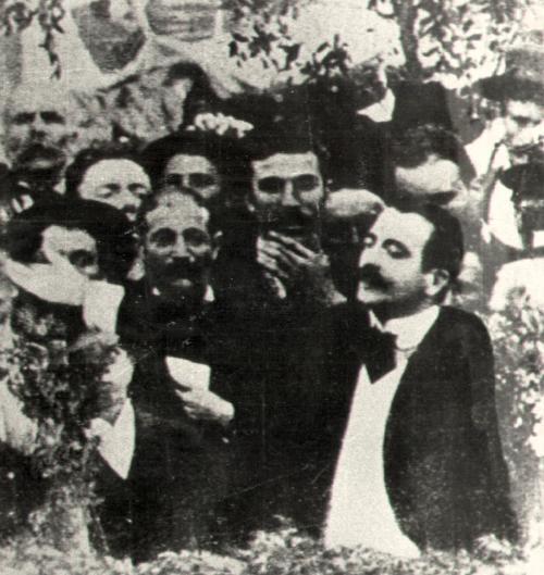 Pietro Gori in un comizio a Porto Azzurro