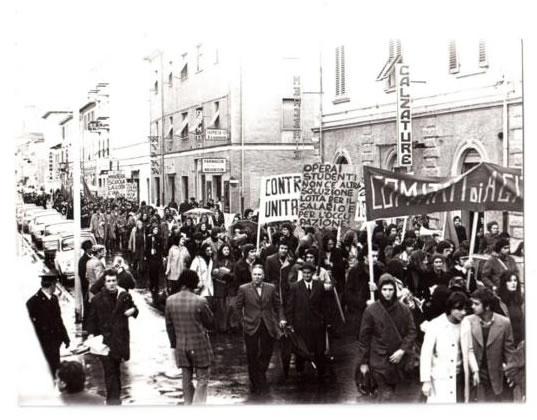 12 gennaio 1974, Grosseto. Manifestazione di minatori e studenti